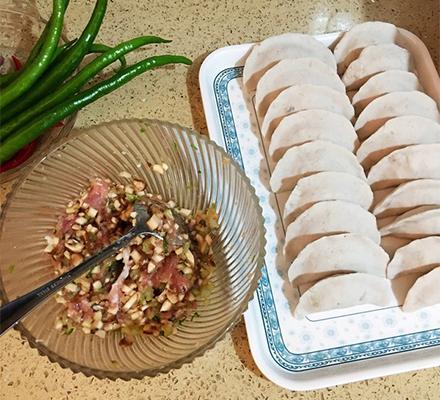 葛粉饺子图片