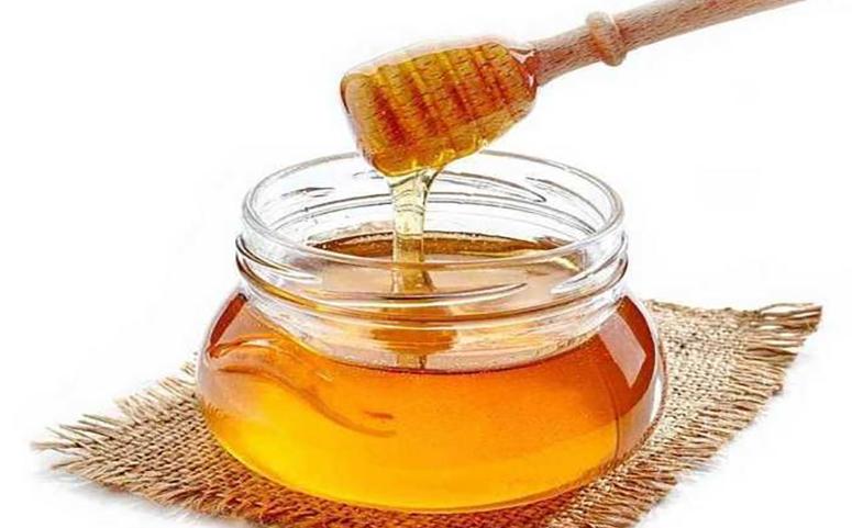 蜂蜜洗脸有什么好处和坏处图片