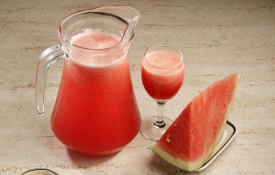 西瓜汁可以加蜂蜜吗图片