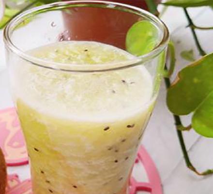 猕猴桃柚子汁图片