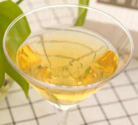 猕猴桃酒图片