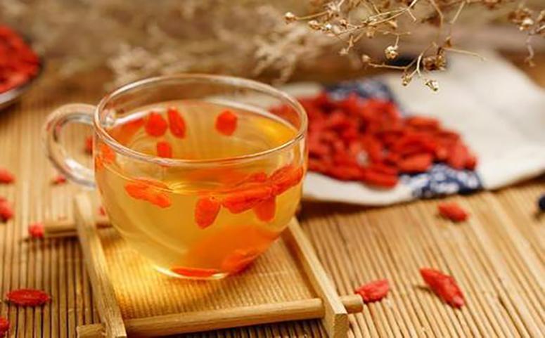 枸杞蜂蜜水的副作用与禁忌图片
