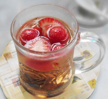 草莓山楂茶图片