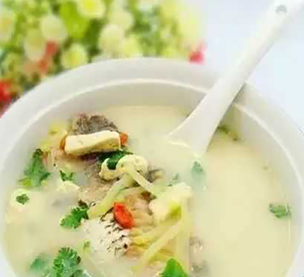 粉葛鲫鱼汤的做法窍门介绍图片