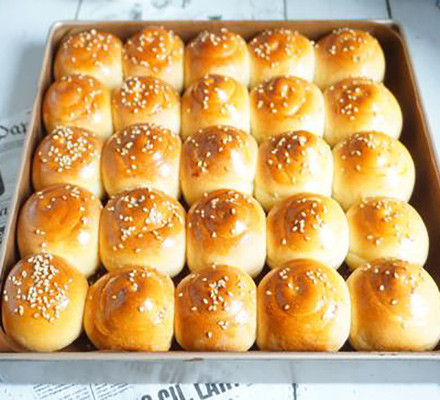 蜂蜜奶香大面包图片